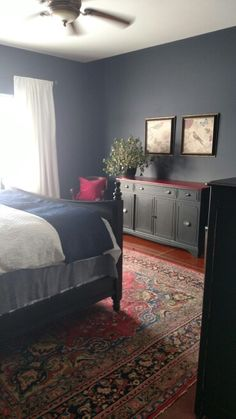 Benjamin Moore Hale Navy bedroom