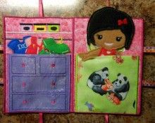 Closet Tote for Dress up Dolls In the Hoop Design