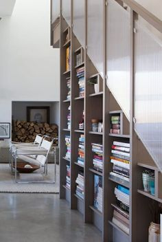 18 best staircase bookshelf images bookshelves living room shell rh pinterest com
