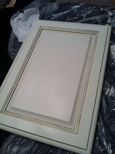 Kitchen Cabinet MAKEOVER | Rescued and Renewed -  SW dover white with valspar's mudslide glaze