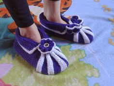 Nemiran Nurkkaus: Aikuisen tossut Baby Shoes, Slippers, Clothes, Fashion, Tall Clothing, Moda, Sneakers, Fashion Styles, Clothing Apparel
