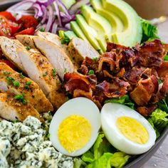 The cobb salad is a main-dish American garden salad thats created with chicken bacon eggs avocado tomato red onions blue cheese and drizzled with a tangy red wine vinegar dressing. Diet Recipes, Chicken Recipes, Cooking Recipes, Chicken Bacon, Healthy Recipes, Fried Chicken, Dinner Salad Recipes, Avocado Chicken, Crispy Chicken