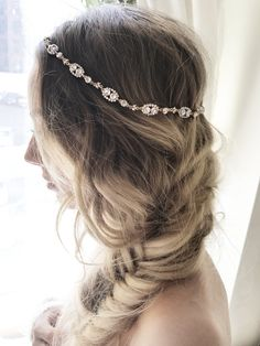The perfect intricate headpiece that will embellish your dress for any occasion. Also available in SILVER - Gold Finish - Swarovski Crystals - Double Faced Satin ribbon - Length 16 in cm) x Widt Simple Wedding Hairstyles, Short Wedding Hair, Wedding Updo, Trendy Wedding, Luxury Wedding, Halo, Medium Hair Styles, Short Hair Styles, Updo Styles