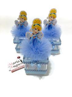 Latinha Relógio Cinderela Cinderella Crafts, Cinderella Theme, Cinderella Birthday, Cinderella Wedding, Princess Birthday, Princess Party, Frozen Centerpieces, Paw Patrol Birthday Theme, Baby Shower Fruit