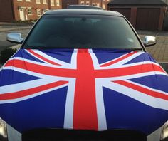 Our Union Jack Car Bonnet Flag is the perfect addition to your car so that you can fly your colours! So if your feeling patriotic, buy your flag and hold it high!