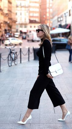 Pants: Express | Turtleneck: Express | Shoes: Manolo Blahnik | Bag: Celine (borrowed from Wendy)