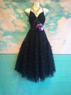 schwarzem Stoff & weicher Tüll geraffte gotischen Hochzeit Kleid von Meerjungfrau Fräulein k