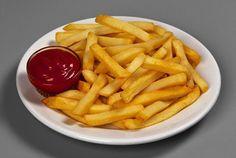 Хотите чтобы ваша картошка фри была такой же хрустящей и вкусной как в Макдональдсе? Попробуйте приготовить ее по этому замечательному рецепту!