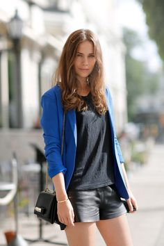 Fashion inspiration: Stockholm Street Style à la Caroline's Mode Stockholm Street Style, Street Style Blog, Street Chic, Royal Blue Blazers, Fashion Gone Rouge, Inspired Outfits, Mode Style, Passion For Fashion, Fashion Outfits