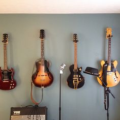 My Murders Row: Danny Murphy Soul Asylum Gibson SG, 1932 Wehmann Archtop, Gibson Relic Les Paul with Vintage Bigsby, 1972 Gibson Blonde 320,