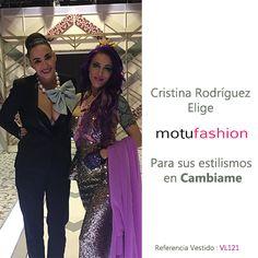 Cristina Rodriguez elige motufashion para crear su look en el programa Cambiame Cristina Rodriguez, Sequin Skirt, Sequins, Skirts, Fashion, Hot Clothes, Clothing Stores, Fashion Trends, Create