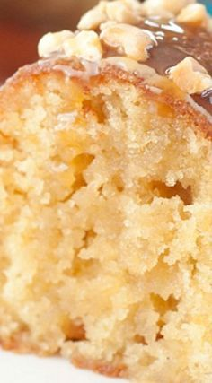 Salted Caramel Kentucky Butter Cake ~ A homemade moist and buttery cake recipe with a caramel butter sauce that is rich,delicious, and soaks into the cake! Easy cake recipes for beginners Just Desserts, Delicious Desserts, Dessert Recipes, Yummy Food, Health Desserts, Southern Desserts, French Desserts, Dessert Food, Health Foods