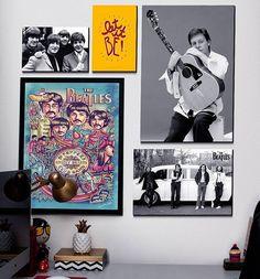 """Hoje nossa decoração especial é para o eterno Beatles Paul McCartney que completa 74 anos neste sábado. Talento tem de sobra, escreveu sua primeira música aos 14 anos: """"I Lost My Little Girl"""". Vencedor de 18 Grammys, está no Hall da Fama do Rock and Roll como membro dos Beatles (1988) e como artista solo (1999). Esse é o cara... e para quem acha que ele vai se aposentar... ele deu o recado: """"Por quê eu teria que me aposentar? Para ficar em casa vendo TV? Não, obrigado. Prefiro tocar""""…"""
