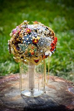 Gypsy Wedding Bouquet what a cool way to take your old jewelry and make something beautiful. Also great idea of jar to stand bouquet in! Quirky Wedding, Unique Weddings, Our Wedding, Wedding Vows, Silver Weddings, Bling Wedding, Purple Wedding, Trendy Wedding, Wedding Brooch Bouquets
