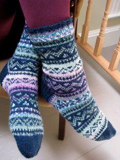 Lavender Basket - ILGA LEJA - Classic Knitting Patterns for the Handknitter