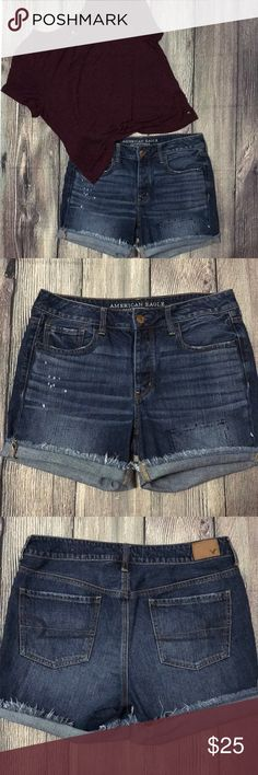 American Eagle shorts Tomgirl fit. In mint condition. No stretch American Eagle Outfitters Shorts