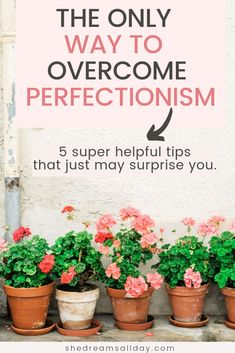 The ultimate guide for perfectionists. The only way to overcome perfectionism. I'm sharing helpful tips that just might surprise you. Cure your perfectionist mindset with productivity hacks. #perfectionism #productivity