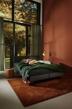 decor paintings decor black decide on bedroom decor Bedroom Inspo, Bedroom Colors, Home Bedroom, Bedroom Decor, Quirky Bedroom, Bedroom Romantic, 60s Bedroom, Bedroom Ideas, Room Interior