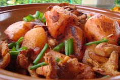 spicy potatoes with chantrelles