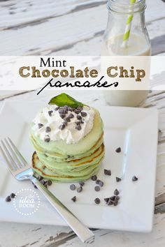 Mint Chocolate Chip Pancakes (Perfect for #St.PatricksDay breakfast or dessert) via Amy Huntley (The Idea Room)