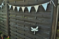 Wimpelkette aus Gardinenrest / Garland made from scraps of curtain / Upcycling