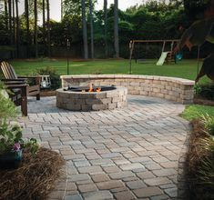 5 Tips for Designing a Patio around a Fire Pit - Outdoor Living by Belgard Fire Pit Designs, Outdoor Fireplaces, Outdoor Living, Outdoor Decor, Fire Pits, Backyard Landscaping, The Great Outdoors, Porches, Living Spaces