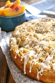 Peach Cobbler Coffee Cake combines rich, moist coffee cake and an easy fruit cobbler made with fresh peaches and cinnamon drizzle. THE perfect coffee cake recipe for spring! Peach Coffee Cakes, Peach Cake, Cake Recipes, Dessert Recipes, Brunch Recipes, Brunch Dishes, Brunch Ideas, Frosting Recipes, Fruit Recipes