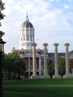 LEARN: School of Journalism @ University of Missouri in Columbia, MO
