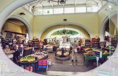 Direkt am Eleftherias Platz liegt die #Markthalle von Kos-Stadt. Täglich kann man hier in angenehmer Atmosphäre frisches Obst und Gemüse, Gewürze, Honig und Marmelade erwerben. Schaut vorbei! Ein Abstecher lohnt sich!  #Δωδεκάνησα #Dodecanese #Ελλάδα #Greece #greekislands #Insel #Κως #Kos #StefansKos #Aegan #Aegean #vacation #beautiful
