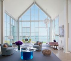 Beach Living Room by Philip Galanes and Michael Haverland Architect in Shelter Island, New York