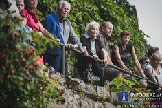 """Zum Auftakt der #styriarte 2015 unter dem Motto """"... und lachte"""" boten an insgesamt sechs Orten am #Schlossberg zwischen #Bürgerbastei, #Uhrturm und Hackher-Löwen Konzertgebende einen kleinportionierten Vorabgeschmack auf das diesjährige Festival für klassische und alte Musik in Graz und in der Steiermark. #undlachtestyriarte2015 #FestivalfürklassischeundalteMusikinGrazundinderSteiermark #HackherLöwenGraz"""