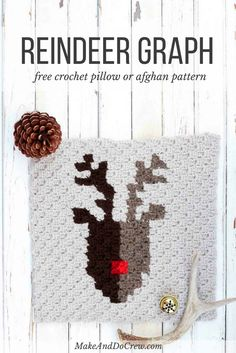 This free pattern for a corner to corner crochet reindeer graph is perfect as part of a Christmas afghan, but also works on its own as a festive pillow square. Make this modern crochet graphgan for your family to enjoy this Christmas!