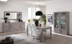 Salle à manger design laquée marbre Clarissa - Salle à manger complète - SALLE A MANGER Dinning Tables And Chairs, Dining Room Table Decor, Dining Room Design, Room Decor, Home Room Design, Modern Bedroom Design, Classic Dining Room Furniture, Bedroom Cupboard Designs, Dinner Room