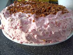 Crazy Cakes, Baking Store, Guava Cake, Danish Food, Baking With Kids, No Bake Desserts, Yummy Cakes, Cake Recipes, Sweet Tooth