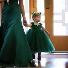 Find More Flower Girl Dresses Information about Cute Dark Green Kid Pageant Dresses For Little Girls Ball Flower Girl Dresses Mother And Daughter Dresses,High Quality dress up time prom dresses,China dress shoulder Suppliers, Cheap dresses pants from wellbridal dresses 738196 on Aliexpress.com