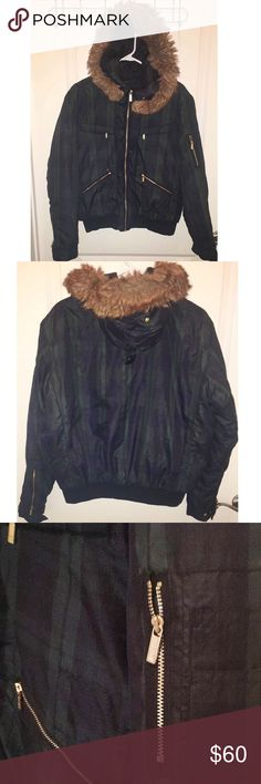 Ralph Lauren American Living Plaid Jacket Only worn once and is in perfect condition! Adorable moss green and dark blue plaid. Removable faux fur hood, pockets, gold zippers. Amazing material! Open to offers :) American Living Jackets & Coats Puffers