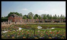 Schloss Schwetzingen von Krümelchen Dolores Park, Display, Travel, Pictures, Floor Space, Viajes, Billboard, Destinations, Traveling