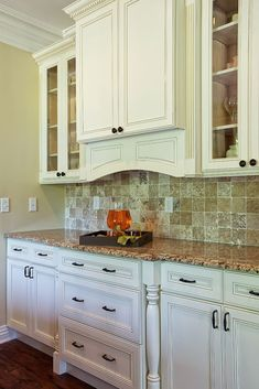 Cream White - Kitchen Cabinets Design Ideas & Pictures