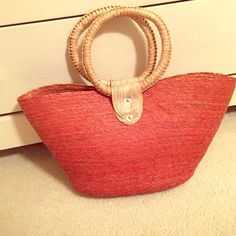 Authentic Mexican straw bag! Super cute straw bag! Never been used. Perfect for a beach bag! Velcro closure. Bags Totes