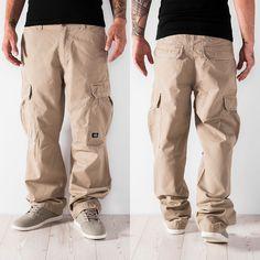 Dickies Cargobroek khaki van www. Hip Hop Fashion, Urban Fashion, Mens Fashion, Tactical Pants, Tactical Clothing, Hip Hop Outfits, Casual Outfits, Mens Cargo Jeans, Outfit