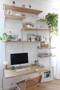 20 Home Office Designs for Small Spaces Check more at arbeitsplatz. study room small spaces office designs 20 Home Office Designs for Small Spaces Modern Office Decor, Home Office Decor, Home Decor, Office Ideas, Home Office Space, Home Office Design, Office Designs, Home Office Shelves, Tiny Home Office
