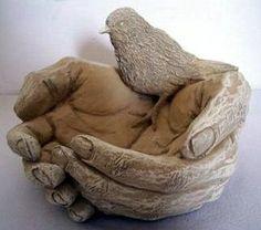 Hands Bird Feeder- this is beautiful!!