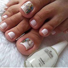E mais uma vez, o branquinho usado foi o França da . Pedicure Designs, Toe Nail Designs, Acrylic Nail Designs, Toe Nail Color, Toe Nail Art, Nail Colors, Summer Toe Nails, Nail Time, Feet Nails