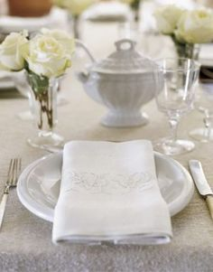 White decor - www.myLusciousLife.com - Countryliving.com - White Table Setting with roses.jpg