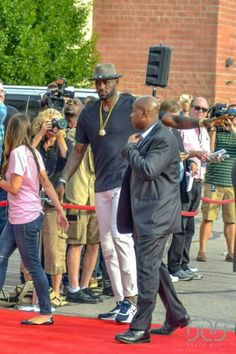 Lebron in Akron for Premiere of TrainWreck ! #Akronkid #Lebron #Hometown