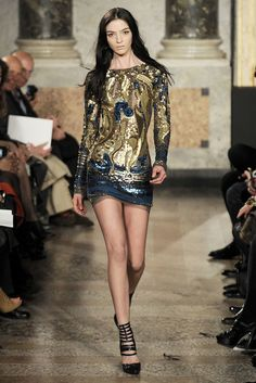 Emilio Pucci Fall 2010 Ready-to-Wear Fashion Show - Mariacarla Boscono
