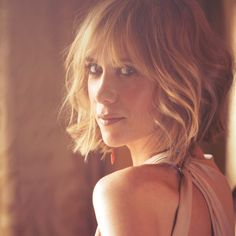 Kristen Wiig is awesome and this is the hottest pic of her ever.