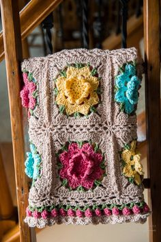 Rebekah's Flower Afghan free crochet afghan pattern link on a time for all seasons Motifs Afghans, Crochet Motifs, Crochet Blocks, Afghan Crochet Patterns, Crochet Squares, Crochet Afghans, Granny Squares, Crochet Blankets, Granny Granny