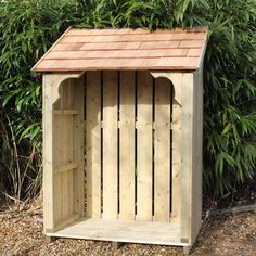 Okeford Log Store by Dorset Log Stores. Large Wooden Log Stores hand-made in England. Options for Slate Tiles, Cedar Shingle or Timber roofs. Outdoor Firewood Rack, Firewood Shed, Firewood Storage, Log Shed, Timber Roof, Wood Storage Sheds, Log Store, Small Wood Projects, Pallet Projects