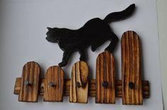 Ключница КОТ. Сегодня сделал Cat Crafts, Wood Crafts, Arts And Crafts, Wooden Art, Wood Wall Art, Saw Halloween, Silhouette Chat, Cnc Cutting Design, Cat Signs